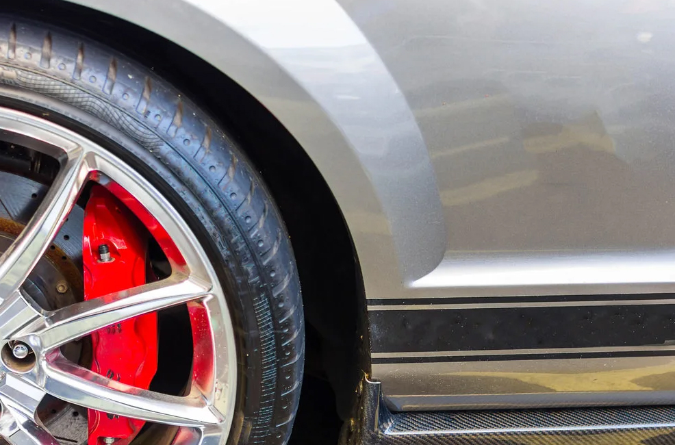 Why low-profile tyres are bad?